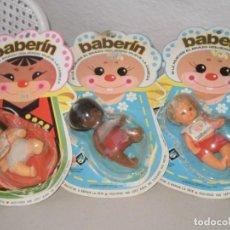 Muñecas Españolas Modernas: LOTE DE 3 BABERINES BB( MADE IN SPAIN ) EN BLISTER DESPEGADOS Y VUELTOS A PEGAR , AÑOS 70. Lote 145286394