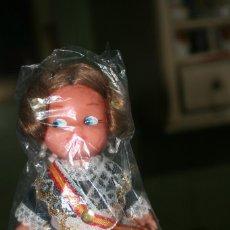 Muñecas Españolas Modernas: MUÑECO REGIONAL MUÑECA FALLERA VALENCIANA. Lote 147172990