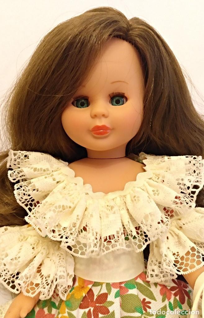 Muñecas Españolas Modernas: Muñeca KIKA Nº23 de nueva coleccion,pelo extralargo castaño claro - Foto 5 - 147450250