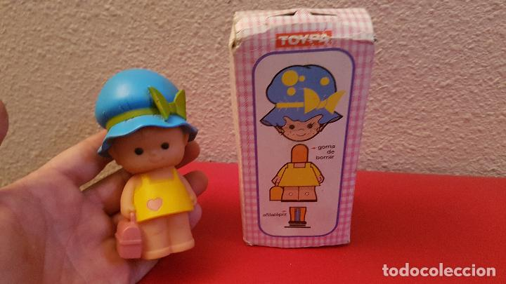 Muñecas Españolas Modernas: ANTIGUO JUGUETE MUÑECA SARA FIGURA DE GOMA BORRAR AFILALAPIZ SACAPUNTAS TOYPE SARA - Foto 3 - 224115020