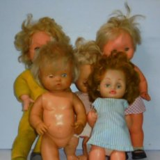 Muñecas Españolas Modernas: LOTE DE 5 MUÑECAS. 3 DE FAMOSA. IDEAL PARA RESTAURAR. VER FOTOS. LEER DESCRIPCION. Lote 150193310