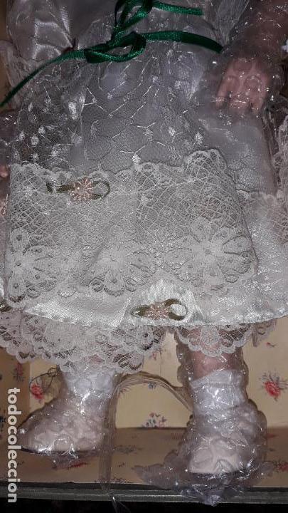 Muñecas Españolas Modernas: MUñECA DE PORCELANA CON SU BAUL Y SU ROPA, MUÑECA DE PORCELANA, MUñECA ANTIGUA - Foto 9 - 150578122