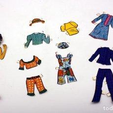 Muñecas Españolas Modernas: ANTIGUA MUÑECA DE PAPEL - CON VARIOS VESTIDOS Y ACCESORIOS. Lote 152029350