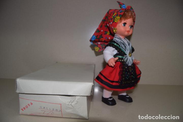 Muñecas Españolas Modernas: muñeca gallega de troya - Foto 2 - 157935050