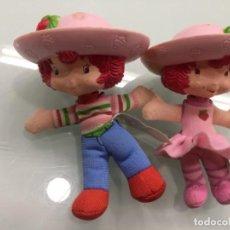 Muñecas Españolas Modernas: MUÑEQUITOS TARTA DE FRESA. Lote 158151042