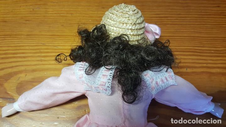 Muñecas Españolas Modernas: Muñeca Fanás. Muñeca artesanal en porcelana fina y pintada a mano. Excelente estado de conservación. - Foto 10 - 158429170
