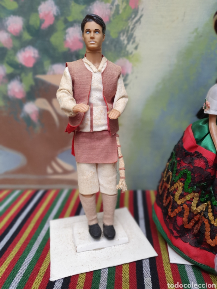 aa2ee680ef Modern Spanish Dolls  Barbie y Ken vestidos mexicano - Foto 2 - 158641274