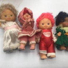 Bonecas Espanholas Modernas: 4 MUÑECAS MINI UNA PEPI COLA OTRA SE ENGANCHA CON LAS MANOS 10 CM APROX. Lote 159519470