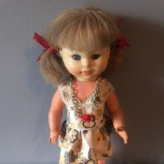 Muñecas Españolas Modernas: ANTIGUA MUÑECA ESPAÑOLA AÑOS 50 - 60. Lote 165142694