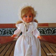 Muñecas Españolas Modernas: MUÑECA CAROLINA VESTIDA DE COMUNION DE DURPE. Lote 165194958