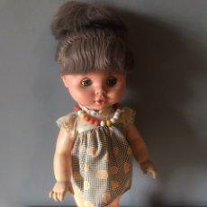 Muñecas Españolas Modernas: ANTIGUA MUÑECA ESPAÑOLA AÑOS 60 - 70. Lote 165267526