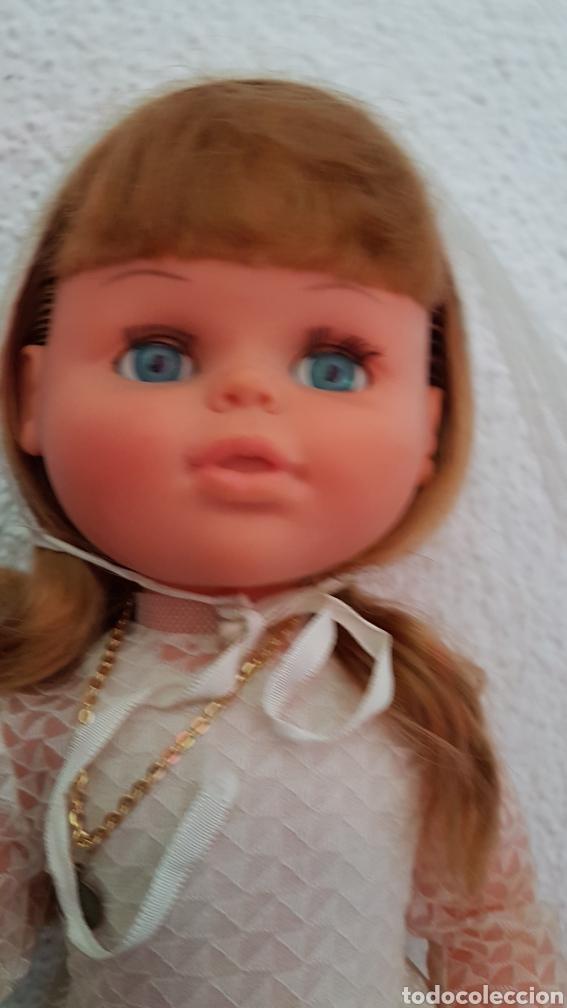 Muñecas Españolas Modernas: Preciosa muñeca Jesmar de primera comunión. Con el vestido completo - Foto 2 - 171127068