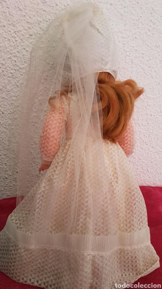 Muñecas Españolas Modernas: Preciosa muñeca Jesmar de primera comunión. Con el vestido completo - Foto 3 - 171127068