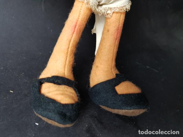 Muñecas Españolas Modernas: curiosa muñeca cleo familia telerin de fieltro - Foto 3 - 172251232
