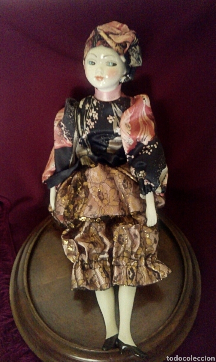 Muñecas Españolas Modernas: Muñeca de porcelana de Ramon Ingles. Mirando de reojo. - Foto 2 - 174184449