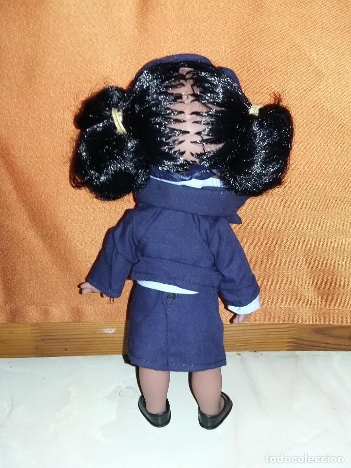 Muñecas Españolas Modernas: graciosa muñeca juanita negra o mulata azafata de colección parecida a cuca nueva sin uso onil spain - Foto 2 - 175504923