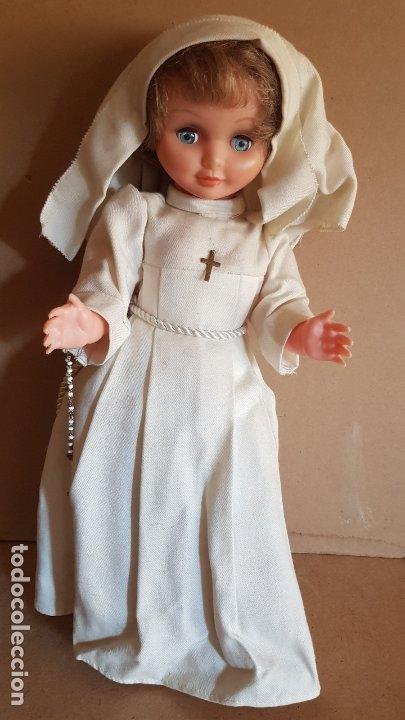 Antigua Muñeca Con Vestido De Monja Novicia 35 Cm Ojos Durmientes Buen Estado General