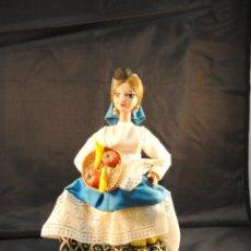 Muñecas Españolas Modernas: ANTIGUA Y SIMPÁTICA MUÑECA CON TRAJE TÍPICO CANARIA MUÑECA ARTESANÍA BEIBI. Lote 179332788