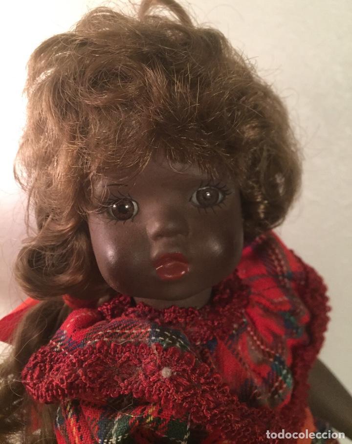 Muñecas Españolas Modernas: Preciosa muñeca negrita toda de terracota 30cm años setanta - Foto 2 - 185699350