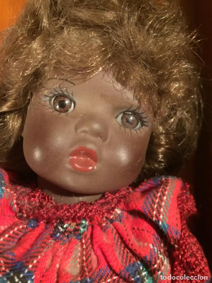 Muñecas Españolas Modernas: Preciosa muñeca negrita toda de terracota 30cm años setanta - Foto 4 - 185699350