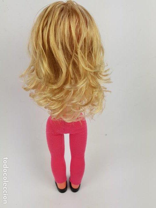 Muñecas Españolas Modernas: muñeca sintra de berjusa ojos marrones pelo rizado - Foto 4 - 191387846