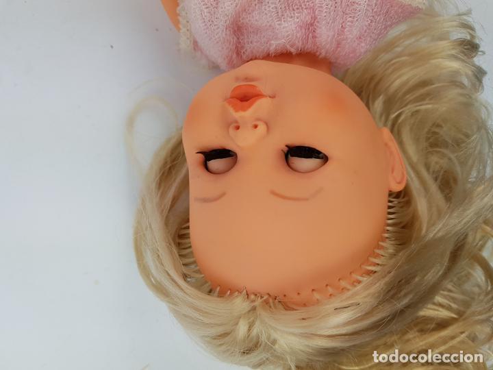 Muñecas Españolas Modernas: muñeca sintra de berjusa ojos marrones pelo rizado - Foto 6 - 191387846