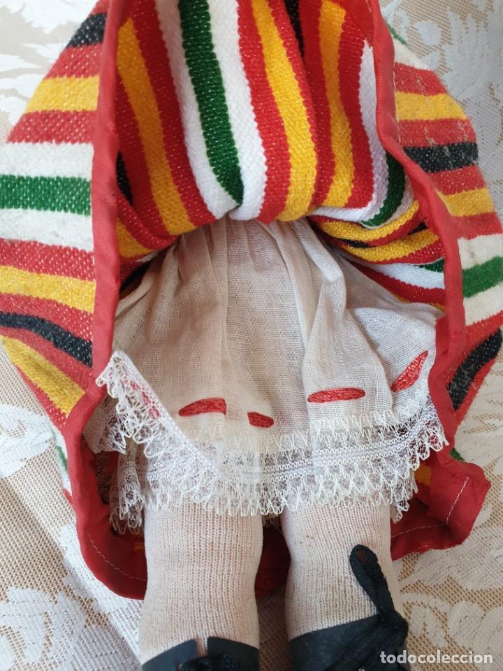 Muñecas Españolas Modernas: Muñeca con traje regional canario. 36 cm - Foto 13 - 194898827