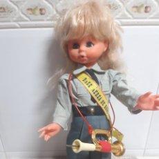 Muñecas Españolas Modernas: MUÑECA ESPAÑOLA MILITAR DE LA BASE AÉREA DE REUS. Lote 195189470