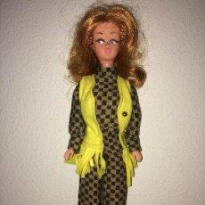 Bonecas Espanholas Modernas: MUÑECA AÑOS 70 - ROPA ORIGINAL - 30 CMS.. Lote 195267100