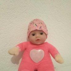 Muñecas Españolas Modernas: FIRST LOVE BABY BORN. Lote 195269153