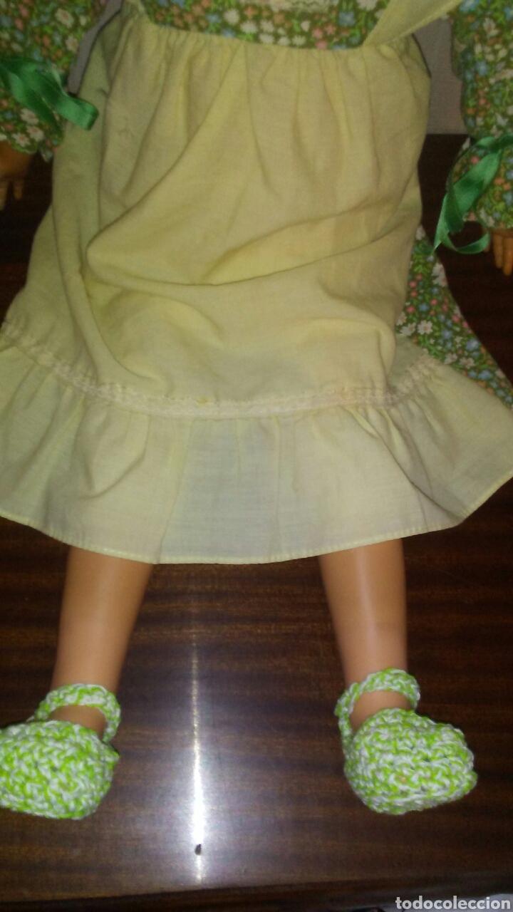 Muñecas Españolas Modernas: Preciosa muñeca de la marca DAZUCAR taller de muñecas ,mide 63cent(ver fotos y descripcion) - Foto 14 - 196223997
