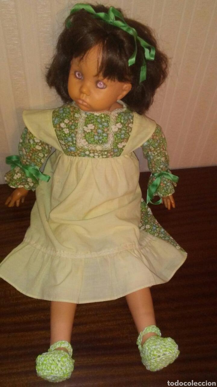 Muñecas Españolas Modernas: Preciosa muñeca de la marca DAZUCAR taller de muñecas ,mide 63cent(ver fotos y descripcion) - Foto 2 - 196223997
