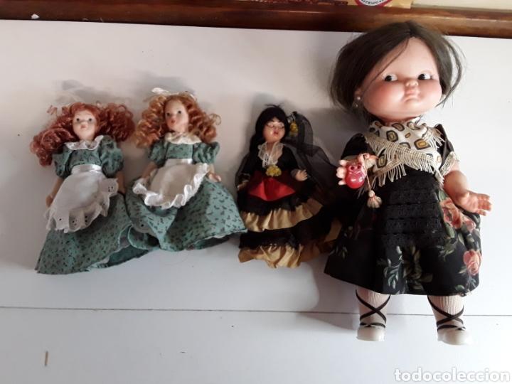 LOTE DE 4 MUÑECAS 3 DE ELLAS EN CELULOIDE Y 1 CON OJOS DURMIENTES (Juguetes - Otras Muñecas Españolas Modernas)
