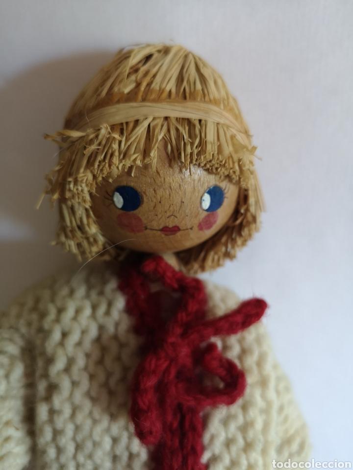 Muñecas Españolas Modernas: Muñeco artesano de paja, bolas de madera y cartón. Ropa de lana y tela - Foto 2 - 203639613