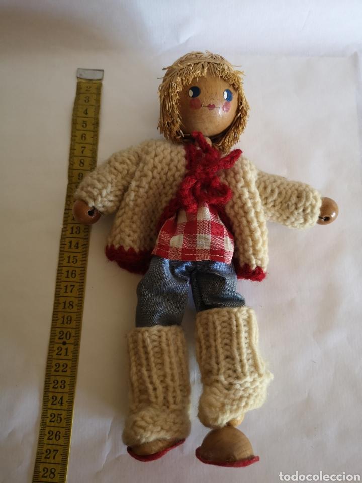 Muñecas Españolas Modernas: Muñeco artesano de paja, bolas de madera y cartón. Ropa de lana y tela - Foto 3 - 203639613