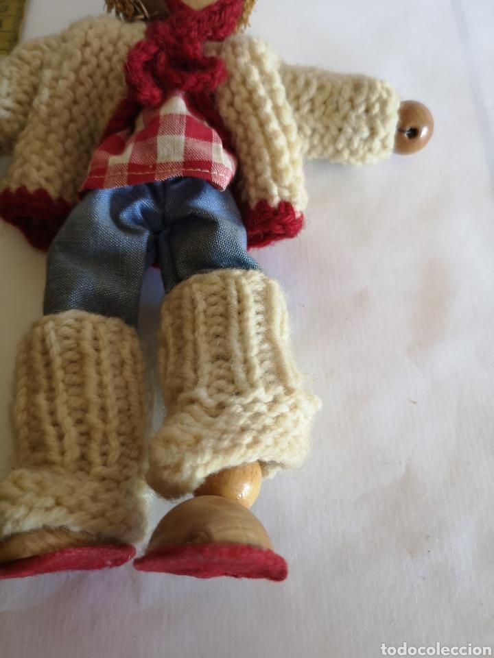Muñecas Españolas Modernas: Muñeco artesano de paja, bolas de madera y cartón. Ropa de lana y tela - Foto 4 - 203639613