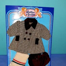 Bonecas Espanholas Modernas: ANTIGUO ABRIGUITO DE BABY MOCOSETE DE TOYSE ORIGINAL AÑOS 70. Lote 205584277