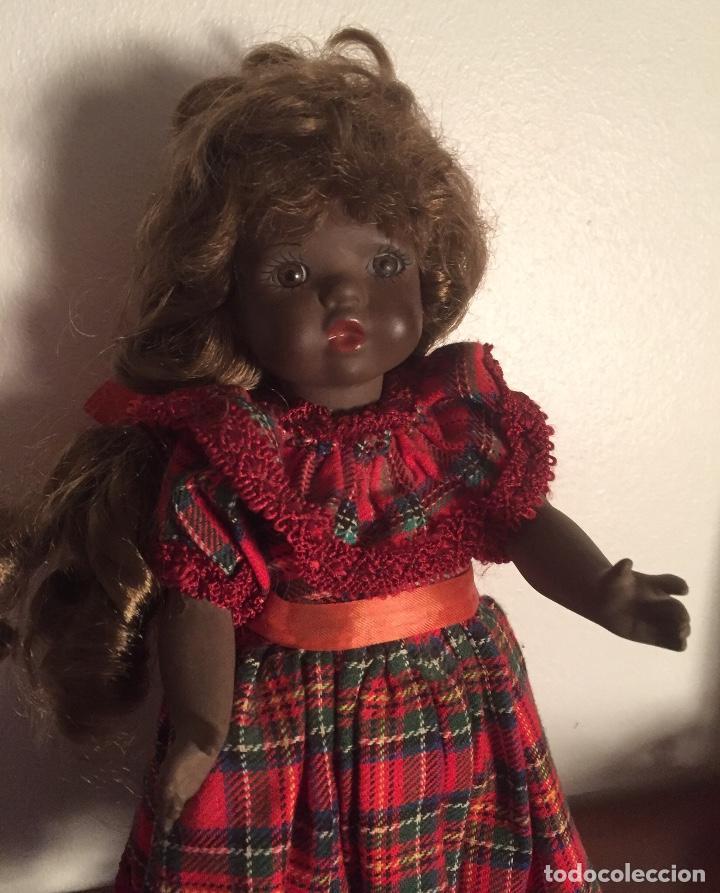 Muñecas Españolas Modernas: Preciosa muñeca negrita toda de terracota 30cm años setanta - Foto 10 - 185699350