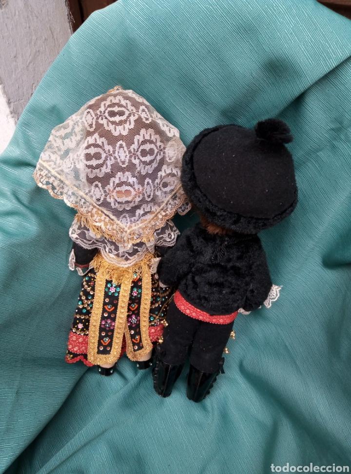 Muñecas Españolas Modernas: Pareja de muñecos vestidos de carros. - Foto 4 - 211454276