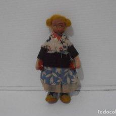 Muñecas Españolas Modernas: MUÑECA FIELTRO, TRAJE REGIONAL, 10 CM, AÑOS 70. Lote 212623981
