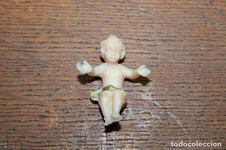 MINIATURA NIÑO JESUS, PLASTICO (Juguetes - Otras Muñecas Españolas Modernas)