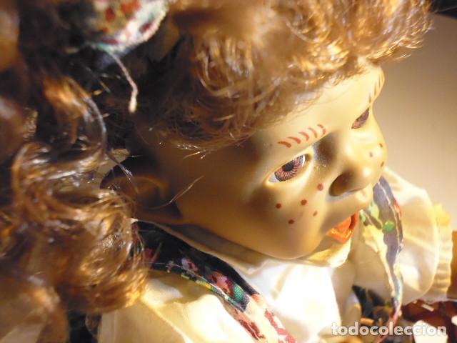 Muñecas Españolas Modernas: MUÑECA TIPO GESTITOS, IMITACIÓN DANTON JOS. CON SILLA MIMBRE. - Foto 25 - 216708345