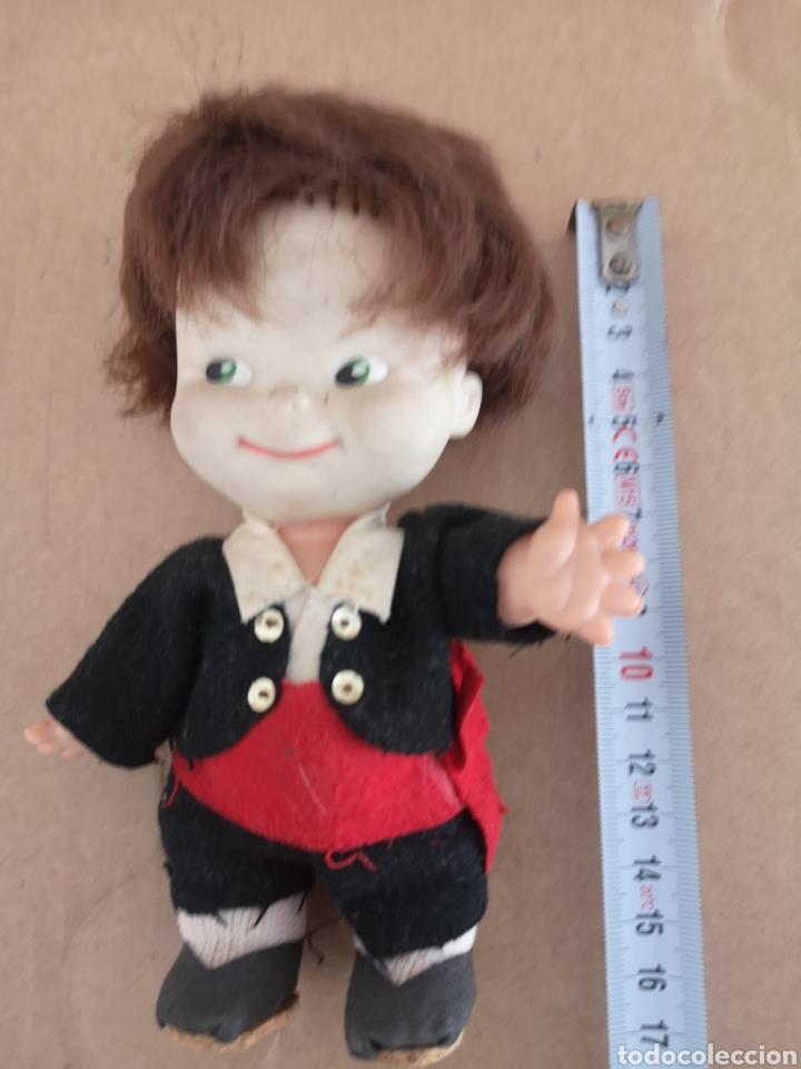Muñecas Españolas Modernas: Antigua muñeca. (tiene cara descolorida como se aprecia en las fotos) - Foto 4 - 222847822