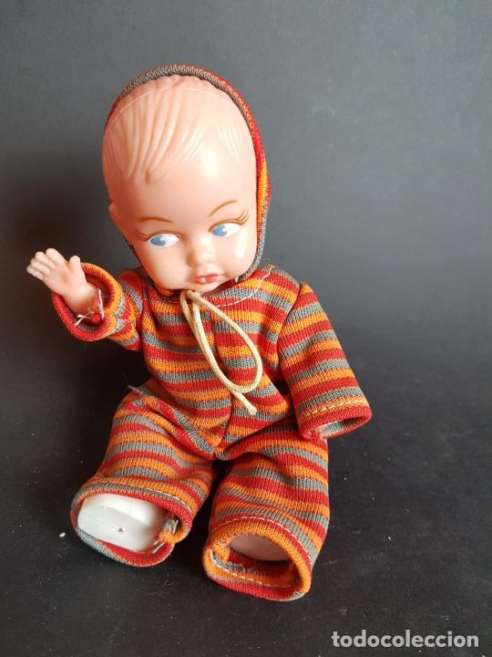 Muñecas Españolas Modernas: muñeco bebe años 60 - Foto 4 - 225624232