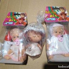 Muñecas Españolas Modernas: LOTE 3 MUÑECAS DOS PULGUITA PIS NUEVAS EN BOLSAS AÑOS 70. Lote 245110815