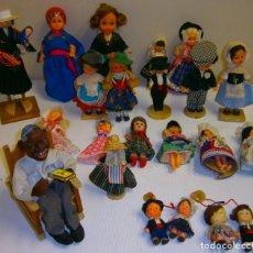 Muñecas Españolas Modernas: LOTE DE 20 MINI MUÑECAS DE DIFERENTES EPOCAS Y PAISES. Lote 228026680