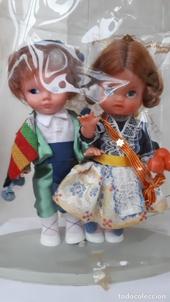 Muñecas Españolas Modernas: PAREJA DE MUÑECOS REGIONALES VALENCIANOS EN SU CAJA AÑOS 70 - Foto 2 - 230289075