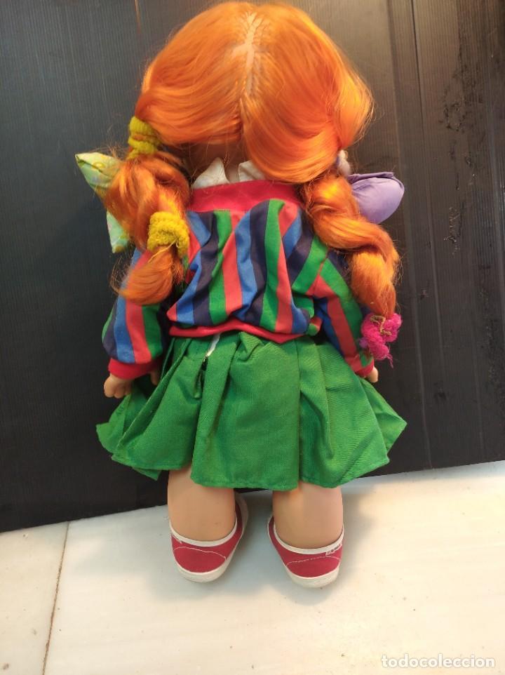 Muñecas Españolas Modernas: Antigua muñeca de Feber pocas pecas con su ropa original - Foto 4 - 230730165