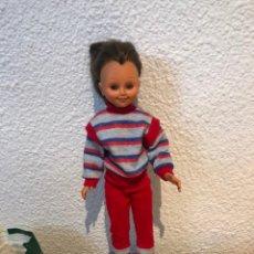 Muñecas Españolas Modernas: MUÑECA ANTIGUA MADE IN ESPAÑA. Lote 235196305