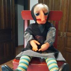 Muñecas Españolas Modernas: ANTIGUA MARIONETA DE DOÑA ROGELIA FABRICADA POR VICMA COMPELTA Y EXCELENTE ESTADO. Lote 237112430